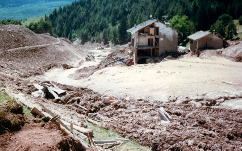 Disastro della Val di Stava